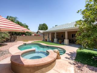 Spectacular 3BR Home in Palm Springs Area, Newly Renovated w/Beautiful Furnishings, Private Pool & Jacuzzi Spa - The Ideal Desert Retreat! - Cathedral City vacation rentals