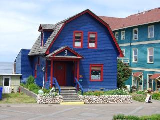 American Classic - Nye Beachfront 3 BR Home - Newport vacation rentals