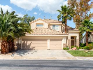 Inviting 3BR Henderson House w/Private Outdoor Swimming Pool, Wifi & Gas Grill - Only 20 Minutes from Las Vegas Strip! - Henderson vacation rentals