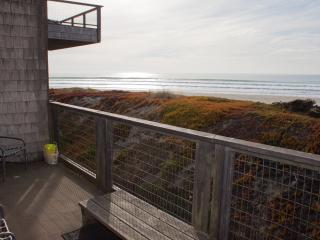 Lovely 3 bedroom Apartment in Pajaro Dunes with Stereo - Pajaro Dunes vacation rentals