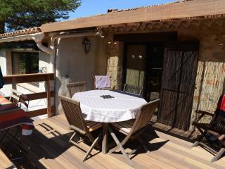 Gîte pour 8 personnes au cœur du parc du Verdon - Aups vacation rentals
