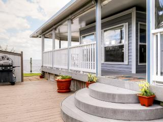 Quaint 1BR Virginia Beach RV Home w/Private Deck & Fantastic Community Amenities - Unbeatable Waterfront Location Within Walking Distance of the Beach! - Virginia Beach vacation rentals