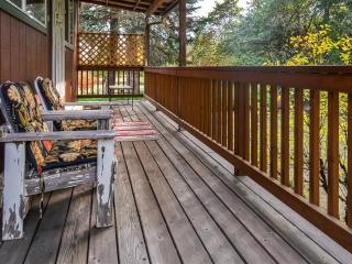 New Listing! Cozy & Peaceful 1BR Forest Grove Apartment w/ WiFi, Fire Pit & Private Balcony Overlooking Gales Creek - Easy Access to the Beach, Downtown Portland, Wineries & Much More! - Forest Grove vacation rentals