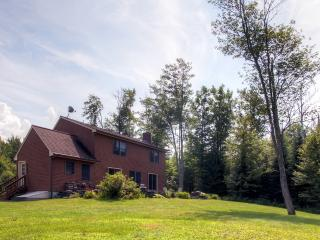 Serene 3BR Sugar Hill House on 6 Private Acres - 10 Minutes to Cannon Mountain Skiing, Biking & Swimming! - Sugar Hill vacation rentals