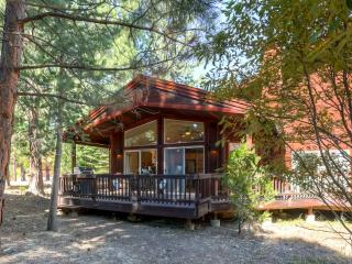 Elegantly Rustic 3BR Clio Townhome w/Wifi, Wraparound Deck & Spectacular Community Amenities - Peaceful Remote Location, Near Several Outdoor Activities - Clio vacation rentals