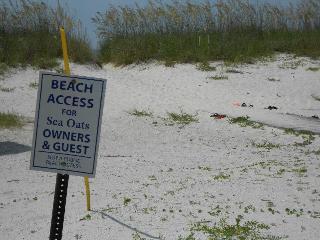 2 BED/2BA//Pets//Pool//BEACH ACCESS! - Gulf Shores vacation rentals