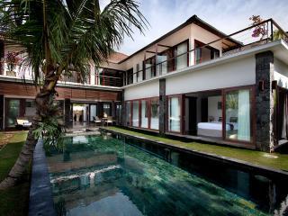 Luxury Spacious Villa in Seminyak / Umalas - Seminyak vacation rentals
