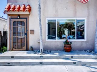 1 bedroom House with Internet Access in Long Beach - Long Beach vacation rentals