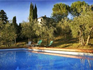5 bedroom Villa in Siena, Chianti, Tuscany, Italy : ref 2293335 - Ponte a Bozzone vacation rentals