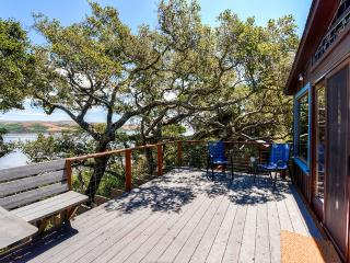 Rustically Charming 2BR Inverness House w/Wifi, Multiple Decks & Beautiful Views of Tomales Bay - Minutes from Local Beaches, Water Sports & Outdoor Recreation! - Inverness vacation rentals
