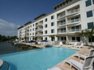 Las Marinas #106 channelfront mediteranean style - South Padre Island vacation rentals