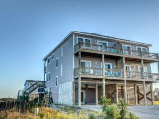 Bright 4 bedroom House in North Topsail Beach - North Topsail Beach vacation rentals