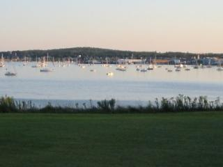 """Harborfront"" -across from Samoset Resort - Rockland vacation rentals"