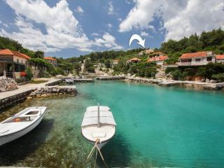 36708 A2 (2+2) - Cove Basina (Jelsa) - Cove Basina (Jelsa) vacation rentals