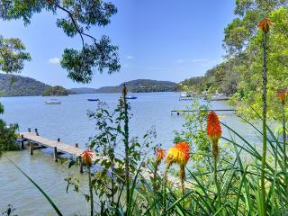 Above The Hawkesbury Riverview Cottage - Cheero Point vacation rentals