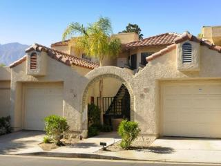 Peace, warmth and serenity - Palm Springs vacation rentals