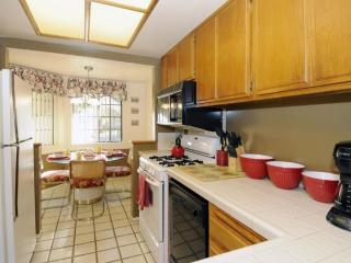 Perfect 2 bedroom Condo in Palm Springs - Palm Springs vacation rentals