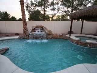 Las Vegas VILLA 2 - Stay 7nts-Free Heated Pool/Spa - Las Vegas vacation rentals
