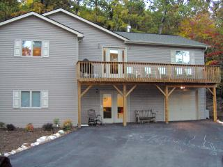 Massanutten Mountaintop Wonderful Winter - McGaheysville vacation rentals