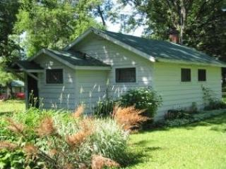 Lakeside 2BR Cabin Bluegill Capital of Wisconsin! - Birchwood vacation rentals