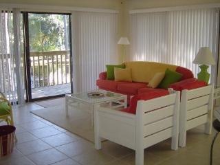 Comfortable Condo with Deck and A/C - Sunset Beach vacation rentals