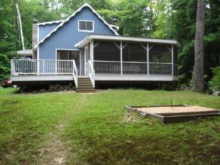LONG LAKE CAMP Maine Naples -Waterfront,Cable,W/D - Harrison vacation rentals