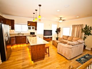 "The ""Top End Townhomes!"" Great Views On Roof Deck! - Atlantic City vacation rentals"