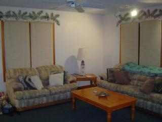 Nice House with Deck and Dishwasher - Avon vacation rentals