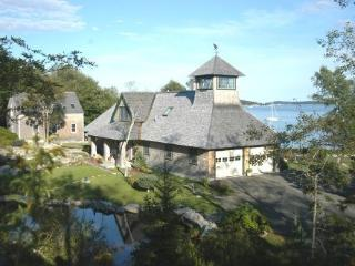 """Lighthouse Lookout"" - Oceanfront- Rackliff Island - Spruce Head vacation rentals"