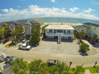 Almost Heaven A/C OCEANFRONT 2Br/1Ba Slps 8 WiFi - Surfside Beach vacation rentals