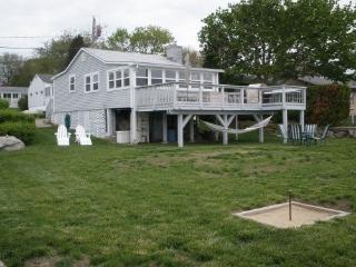 2 bedroom Cottage with Deck in Stonington - Stonington vacation rentals