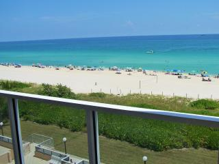 Spectacular Luxury Condo with Panoramic Ocean View - Miami vacation rentals