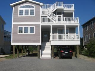 5BR - 3.5BA walk to beach, ROOFTOP DECK! - Bethany Beach vacation rentals
