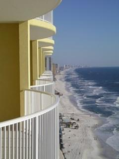 Emerald Isle Exterior - Emerald Isle Beachfront..Book Now For Spring!! - Laguna Beach - rentals
