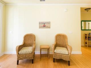 Close To The Edge 'Charming, Quiet, Comfortable' - Charleston vacation rentals