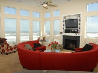 Oceanfront 8-BDRM/Bath, Pool & Hot Tub - Corolla vacation rentals