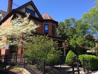 Spectacular 2BR Columbus Carriage House w/Wifi & Completely Renovated Kitchen - Steps from Gallery Hop & Other Attractions! - Columbus vacation rentals