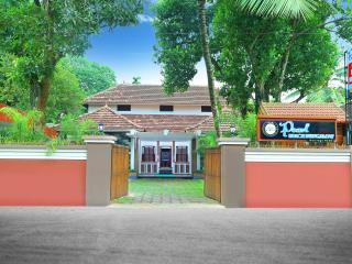 Pearl Beach Bungalow Heritage Home - Alappuzha vacation rentals