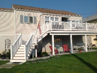 RELAXING - CHARMING, BRIGHT & AIRY BEACH  HOUSE - Brigantine vacation rentals