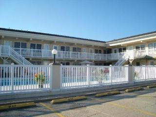 ERIN SHORES CONDO TWO POOLS - North Wildwood vacation rentals