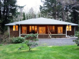 3 bedroom House with Deck in Otter Rock - Otter Rock vacation rentals