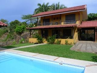 Lovely recently built ocean breeze home - Esterillos Oeste vacation rentals