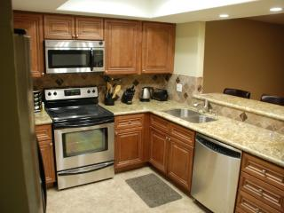 Huntington Beach Custom remodeled Townhome - Huntington Beach vacation rentals