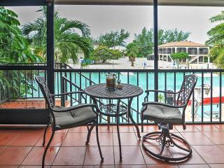 Enjoyable 3BR Marathon House w/Wifi, Private Dock & Stunning Views  - Great Waterfront Location on Canal, Close to Beaches & Restaurants! - Marathon vacation rentals