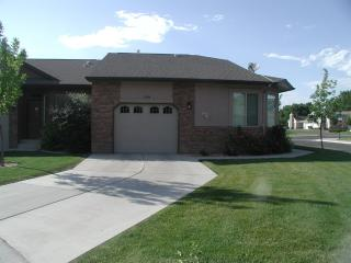 Lovely House with Internet Access and Dishwasher - Grand Junction vacation rentals