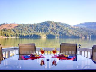 Sept 19 - Oct 6th Open: Quiet Time at the Lake! - Rathdrum vacation rentals