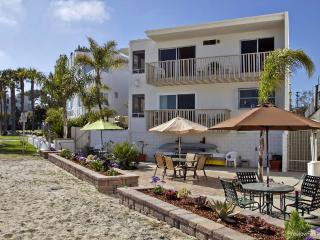 La Palma Grande Views...on the sand in sunny SD - San Diego vacation rentals