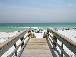 Beach Retreat104*Dog Friendly*2 FREE Beach Chairs! - Miramar Beach vacation rentals