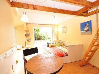 Beautiful Rotorua Studio rental with Internet Access - Rotorua vacation rentals