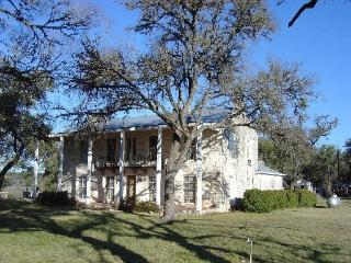 Bluebonnets Galore in Hill Country! 5BR on 7 acre - Spring Branch vacation rentals